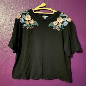 H&M Embroidered Flower T-shirt